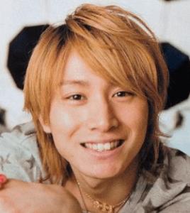 安田章大(関ジャニ∞)が金髪でこっちを向いている画像