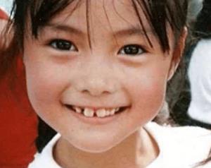 白石麻衣が小学生のかわいい時の写真の画像