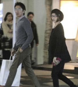 米倉涼子が元旦那・太田靖宏と結婚前に一緒にデートをしている時の写真の画像