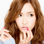 紗栄子愛用でインスタ掲載の2つの財布はどこのブランドで金額はいくら?購入方法や名前も!