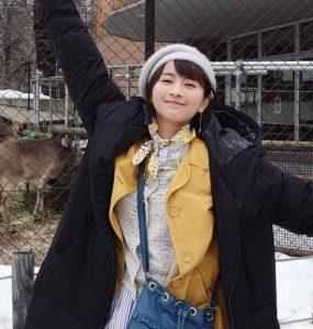 中国のガッキー(ロンモンロウ)栗子の黄色いコートやベレー帽はどこで購入可能?かわいい画像まとめ!